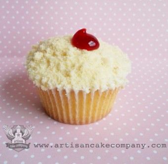 Cherry Cobbler Cupcake with Cookie Topping