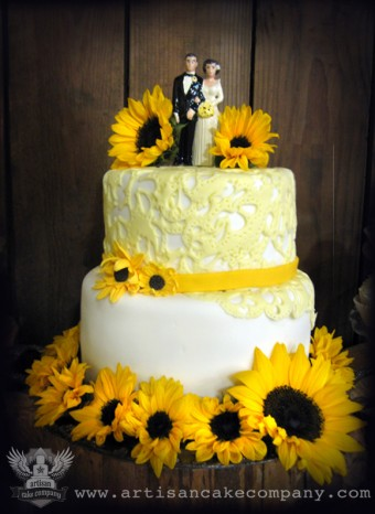 Sunflowers and Lace Wedding Cake
