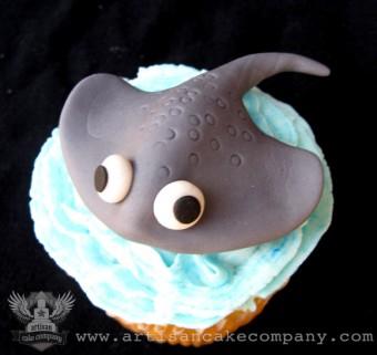Sting Ray Cupcake