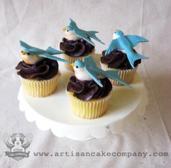 Swallow Cupcakes