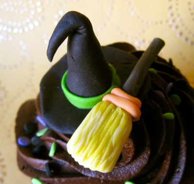 Specialty Halloween Cupcakes!