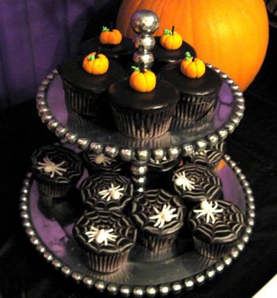 Halloween Party 2010 – Dessert Table