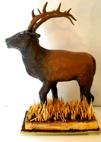 Sculpted 3D elk cake