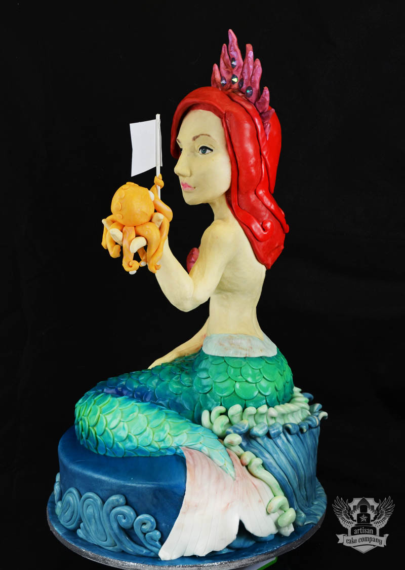 princess mermaid 3D sculpted cake